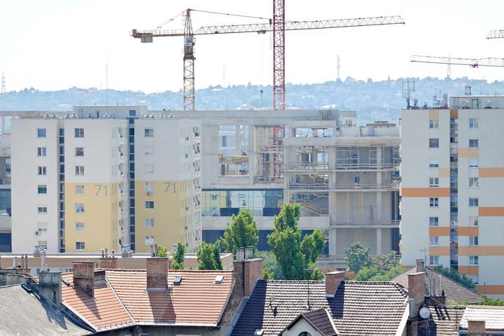 Nem érdemes sokat várni, ha új lakást szeretnénk jó áron