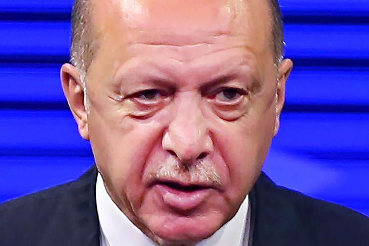Keserű következményekkel fenyegeti Erdoğan Athént