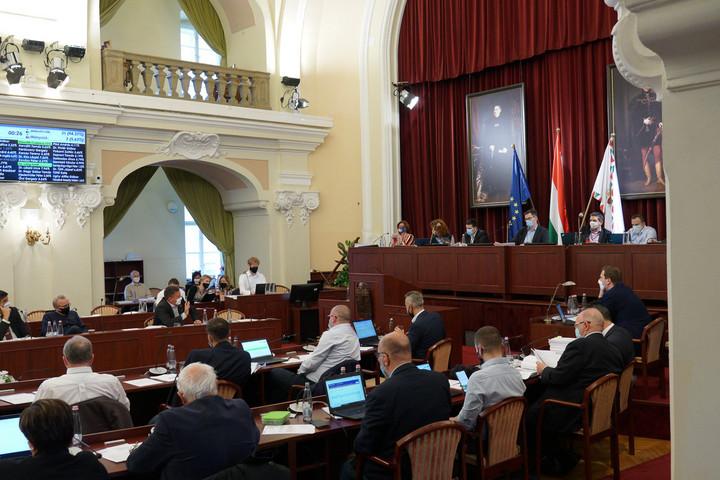Láng Zsolt: Mérhetetlenül antidemokratikus, hogy a Fővárosi Közgyűlés nem vette napirendre a Fidesz javaslatát