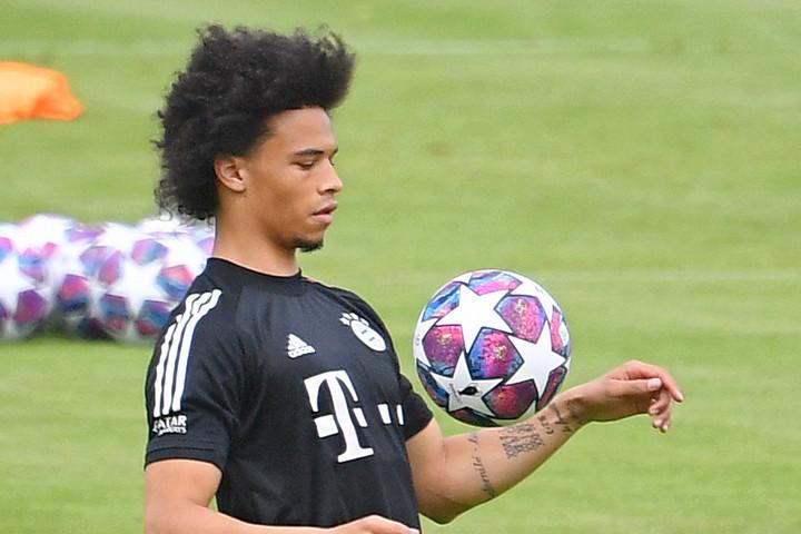 Leroy Sanéval erősödött  a favorit Bayern nyáron