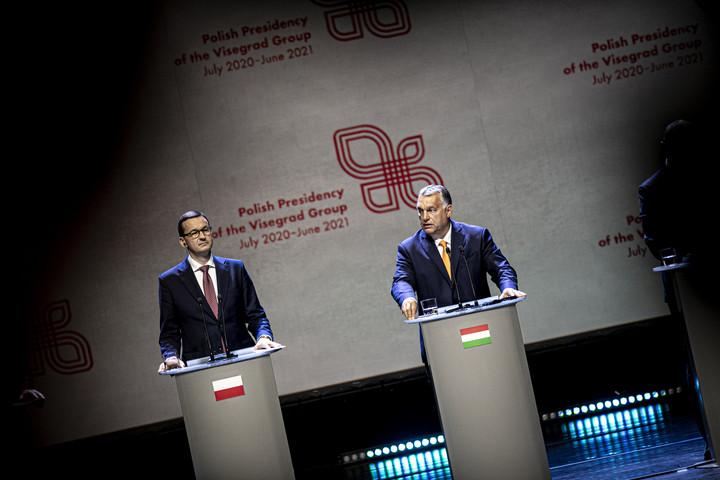 """""""Fenn kell tartani Közép-Európa gazdaságának működőképességét"""""""