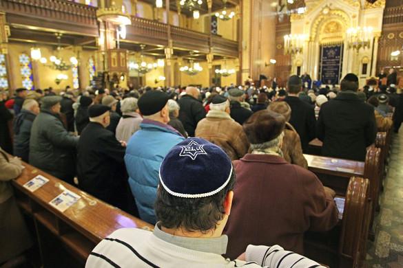 Századvég: Magyarország biztonságosabb a zsidóság számára, mint a bevándorláspárti Nyugat