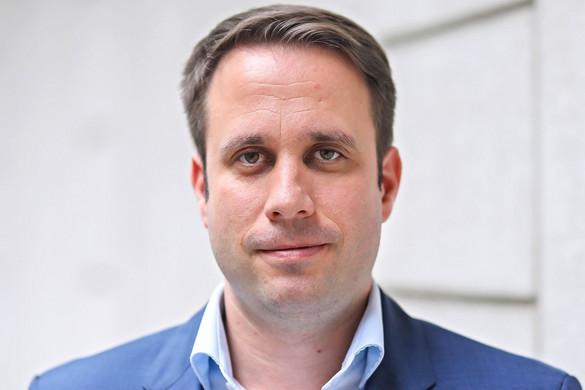 Dömötör Csaba: Elhúzódó, többfrontos küzdelemre kell felkészülni