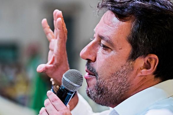 Tüntetések kísérik Matteo Salvini bírósági tárgyalását
