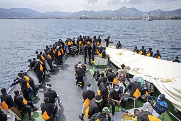 Számos buktatója van az új uniós migrációs csomagnak