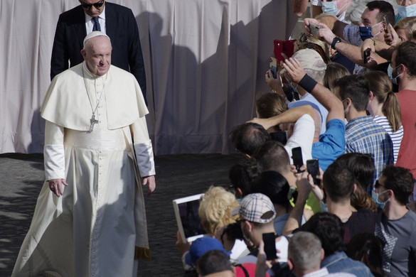 Ferenc pápa először jelent meg nagyobb nyilvánosság előtt a járvány kezdete óta