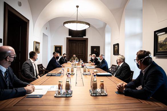 Orbán Viktor az akciócsoportok ülésén