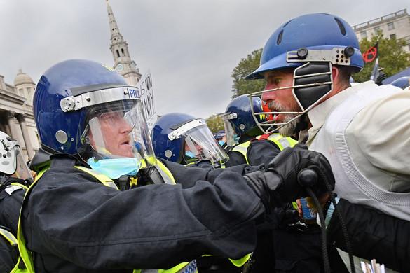 Wales karanténban: a lakosság fele nem hagyhatja el otthonát