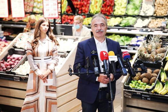 A hazai termékek vásárlása sok ezer család megélhetését is biztosítja