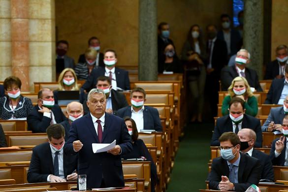 A kormányfő szerzői cikke volt a pártvezetők napirend előtti felszólalásának fókuszában