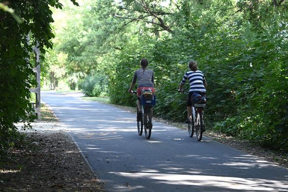 A kormány célja, hogy a kerékpárutak hossza érje el a 15 ezer kilométert