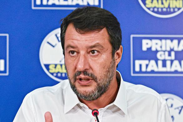 Újabb tüntetés Salvini mellett