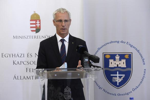 4,2 milliárd forinttal segíti az állam a nemzetiségi pedagógusokat