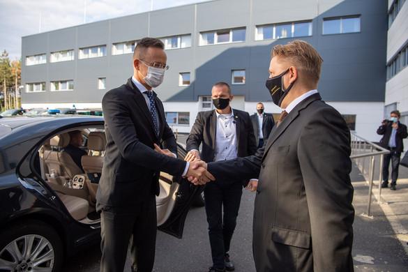 Kelet-Európa legnagyobb járműdinamikai tesztpályája épült Veszprémben