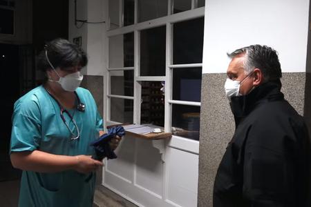 Orbán Viktor ellátogatott a Szent László Kórházba