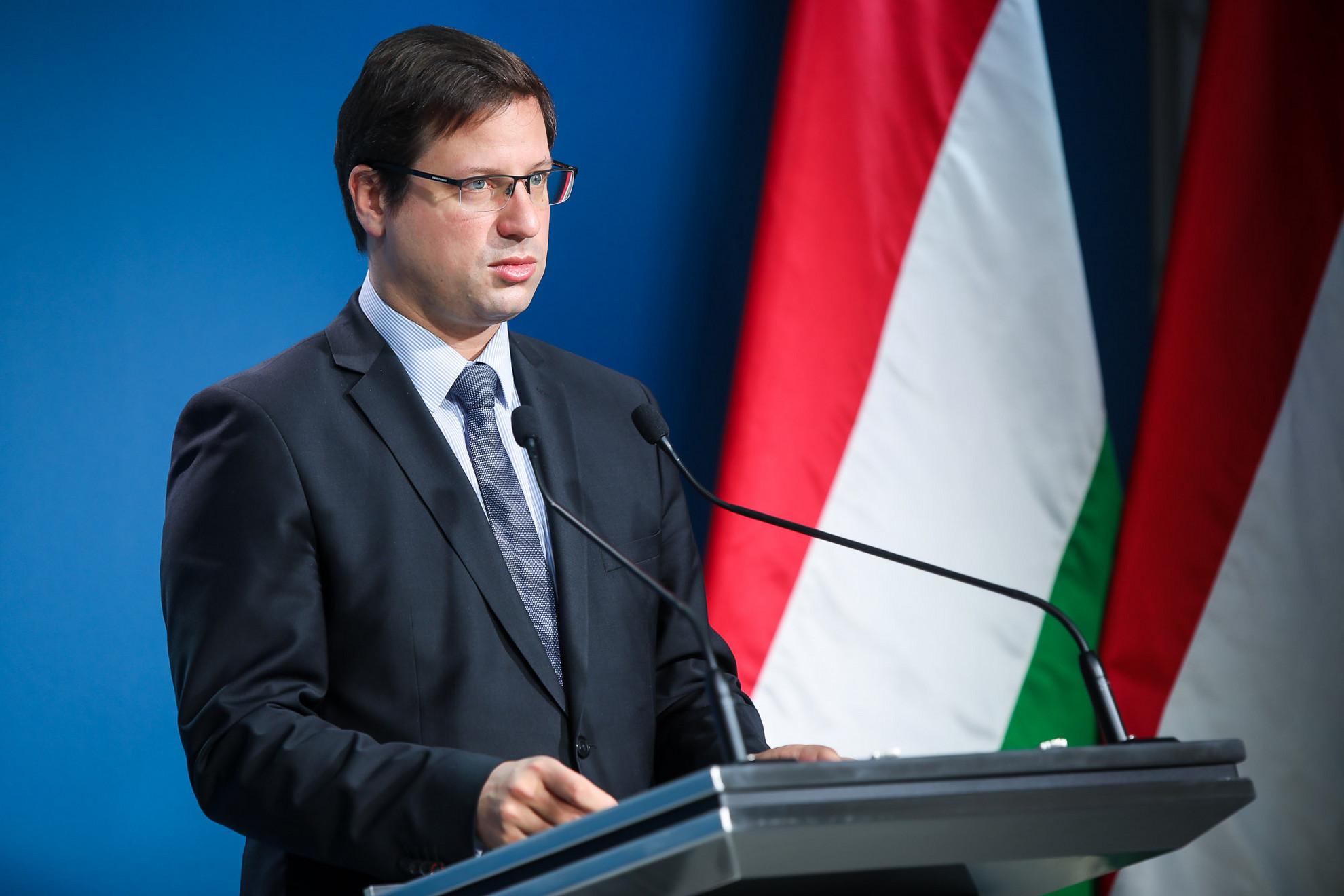 Gulyás Gergely Miniszterelnökséget vezető miniszter a Kormányinfón
