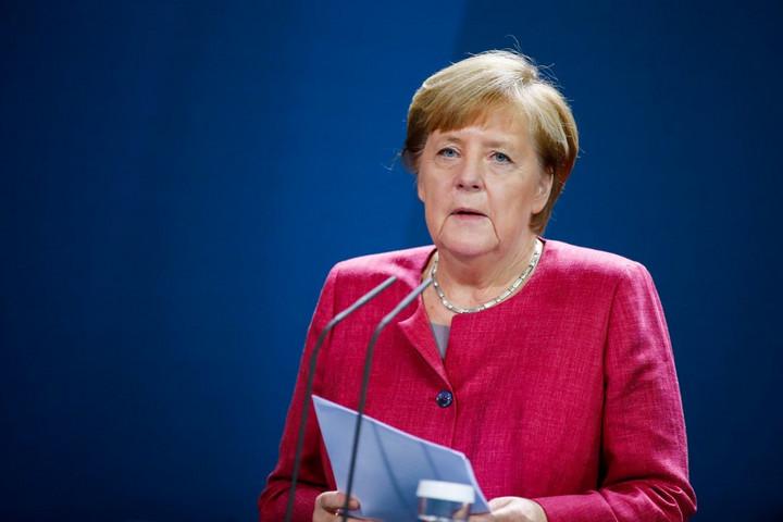 Merkel: Egyre aggasztóbb a vírushelyzet Németországban