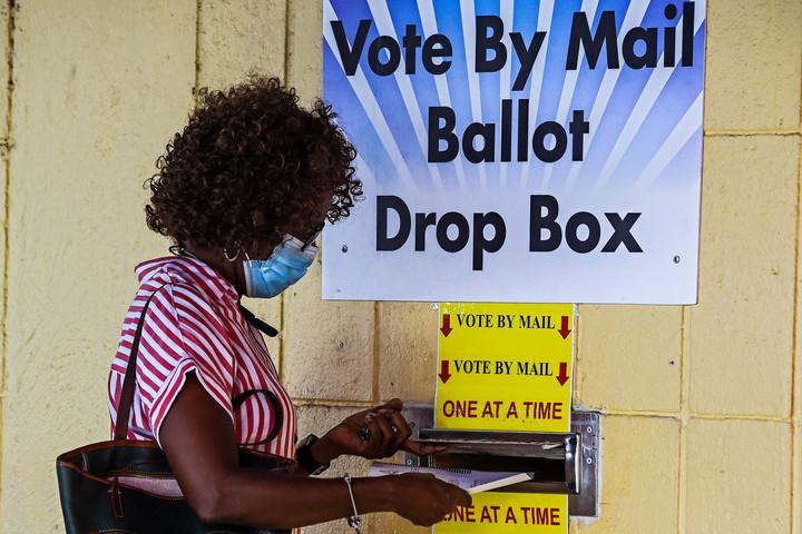 Szavazóurna helyett postaláda