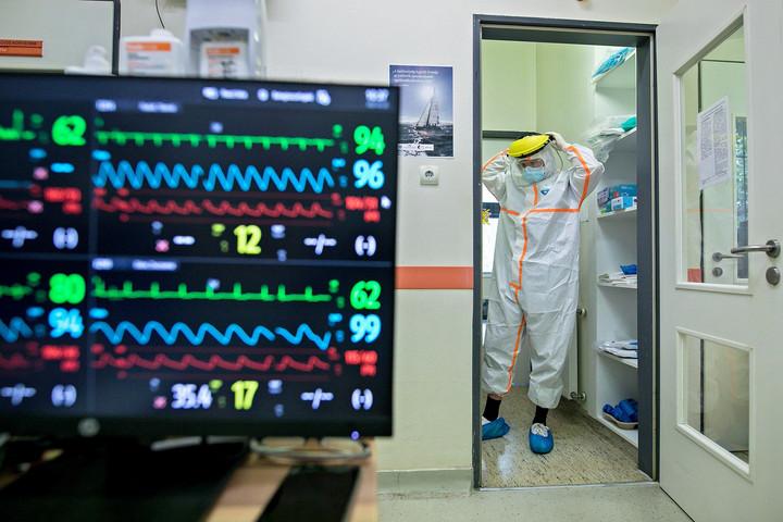Elhunyt 51 beteg, 3908-cal nőtt a fertőzöttek száma hazánkban