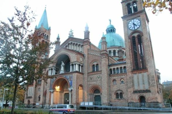 Török fiatalok támadtak meg egy bécsi templomot