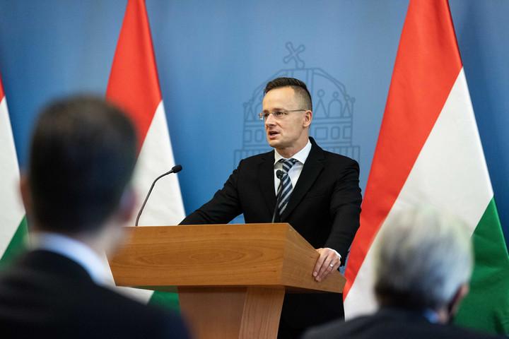 Szijjártó: Új lehetőségek nyílnak a magyar cégek előtt külföldön