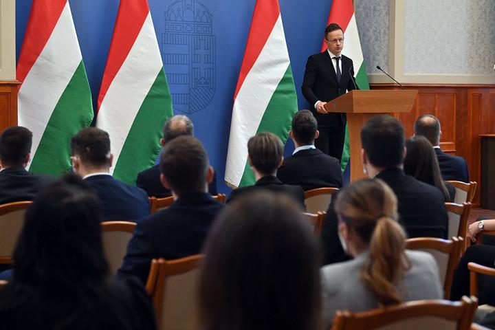 Beruházást hoz Magyarországra a kínai Chervon Auto