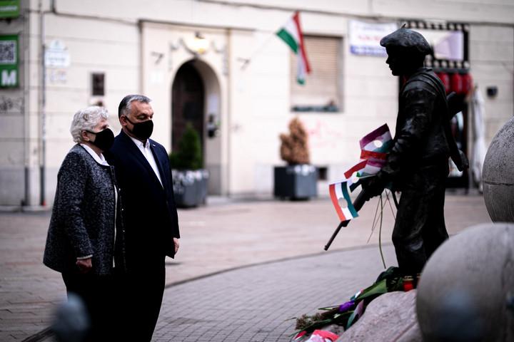 Orbán Viktor is megemlékezett az 1956-os forradalom hőseiről