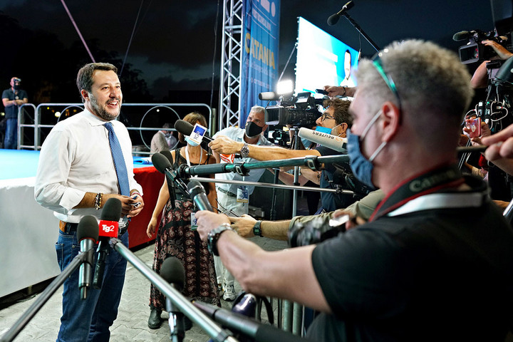 Salvini: Újra virágzik az embercsempészet