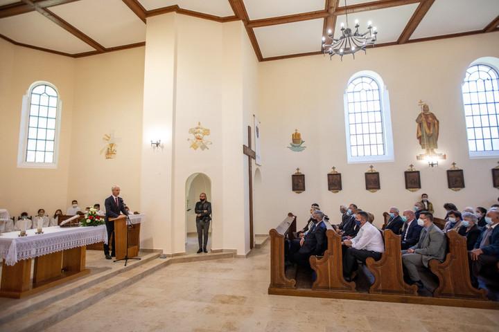 Soltész: A magyar társadalom irányt mutat Európa más nemzeteinek is