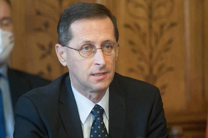 Varga Mihály: A válságot továbbra sem adóemeléssel, hanem adócsökkentéssel orvosoljuk