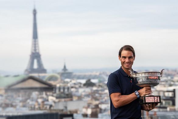 Nadal múzeumába került a Roland Garroson nyert 13. Grand Slam-trófeája