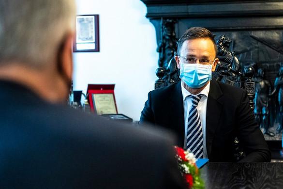 Szijjártó Péter megnyitotta Magyarország gdanski főkonzulátusát