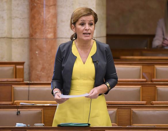 Fidesz: Bangóné szorosan a kamuvideós Korózs nyomában