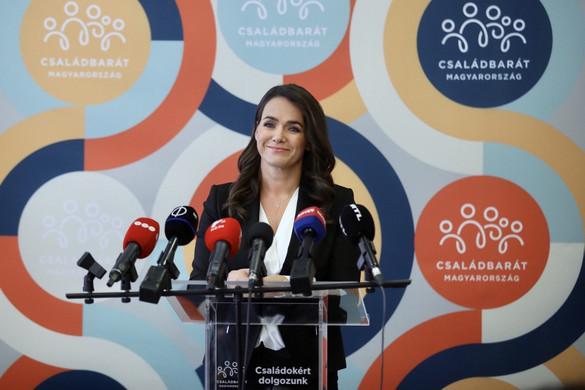 Novák Katalin: Az egygyermekeseknek is érdemes csokkal ingatlant vásárolniuk