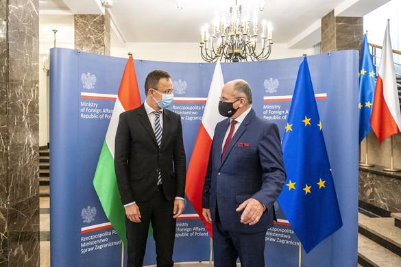 """""""Lengyelországot és Magyarországot nem lehet zsarolni az uniós források felhasználása során"""""""