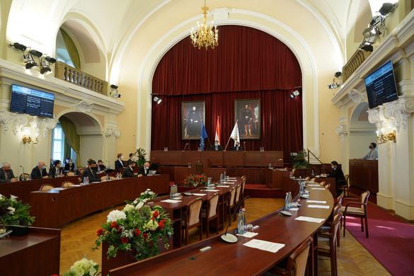 A kormány kész milliárdokkal tehermentesíteni a budapesti költségvetést