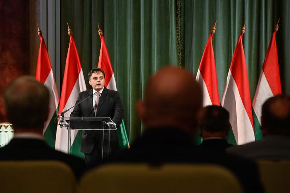 Latorcai: A kormány egy kikezdhetetlen magyar nemzetért dolgozik