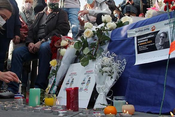 Hét ember ellen emelnek vádat a tanárgyilkosság ügyében