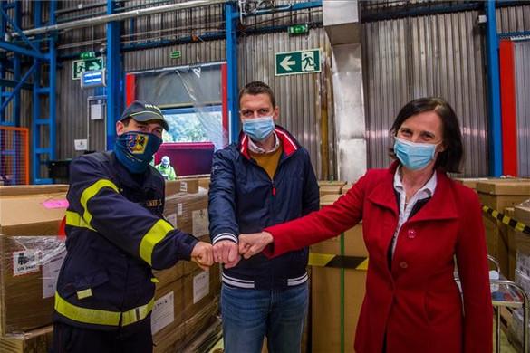 Magyarország 150 lélegeztetőgéppel segíti Csehországot