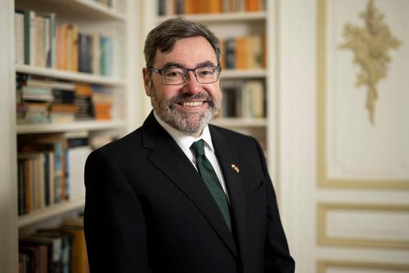 Bemutatkozik Paul Fox, az új magyarországi brit nagykövet