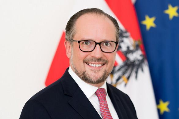 Az osztrák külügyminiszter is covidos