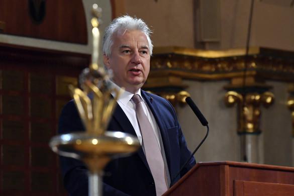 Semjén a romániai választásokon való részvételre buzdít
