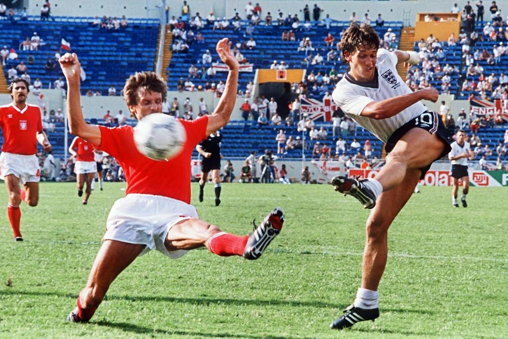 Az 1986-os vb-n mesterhármast szerzett a lengyelek ellen