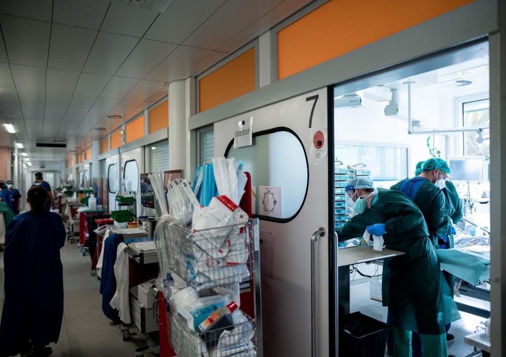 Németországban két-három héten belül több beteg lesz az intenzív osztályokon, mint az áprilisi csúcson