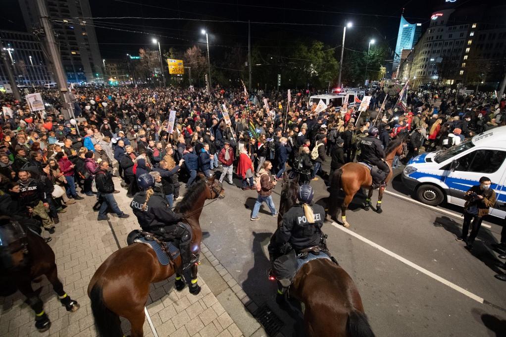 Nagyjából húszezer fő vett részt a lipcsei demonstráción