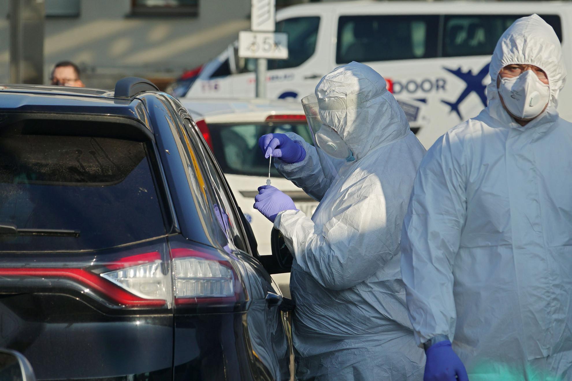 Az aktív fertőzöttek száma jelenleg több mint 130 ezer