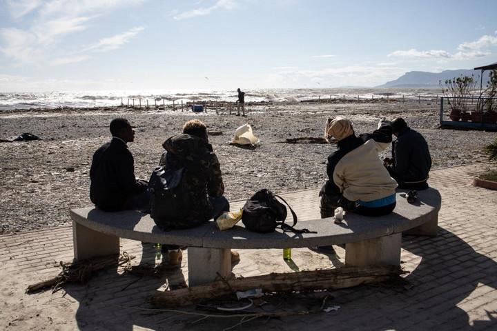 Kénytelen szigorítani migrációs politikáján a baloldali olasz kormány a terror miatt