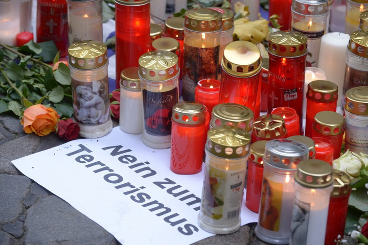 Visszavág Ausztria az iszlamistáknak