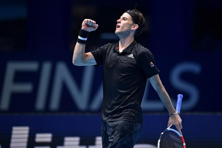 Két rövidítésben nyert szettben verte meg Thiem Nadalt