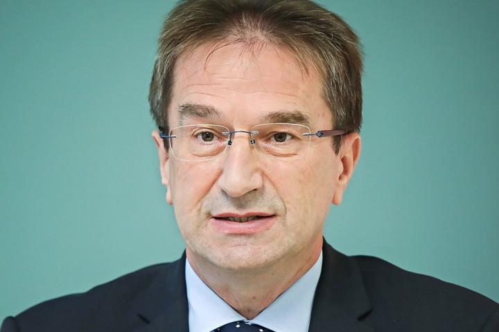 Völner: A kamupártok leépítését célozza a tárca törvénytervezete